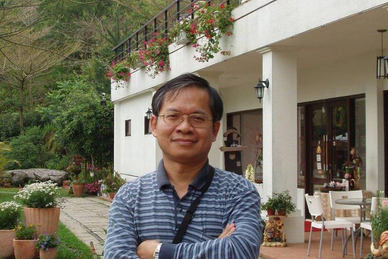 國立台灣文學館館長由中興大學台灣文學與跨國文化研究所特聘教授兼所長廖振富擔任。(取自廖振富臉書)