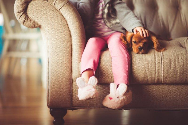 是時候讓孩子有機會為家庭做出貢獻了。(圖/thatsphotography@pixabay)