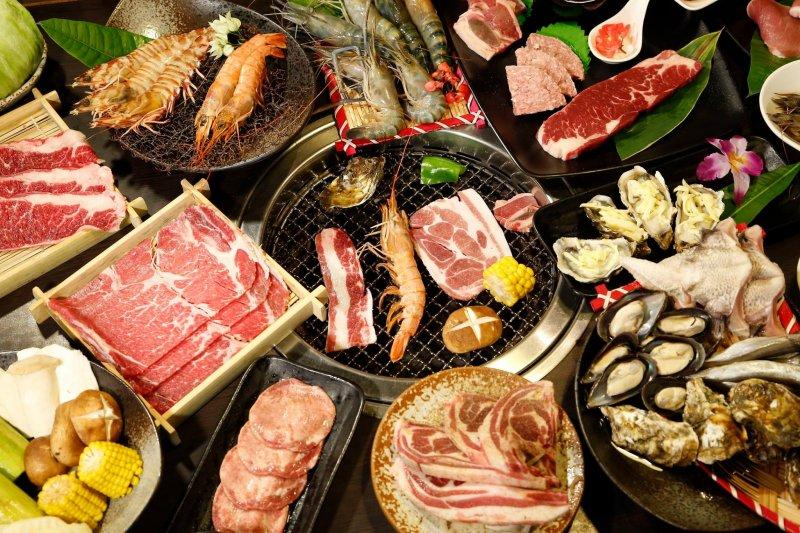 壓力大的時候就是要吃到飽!(圖/燒肉眾-精緻炭火燒肉(台北大安店)@facebook)