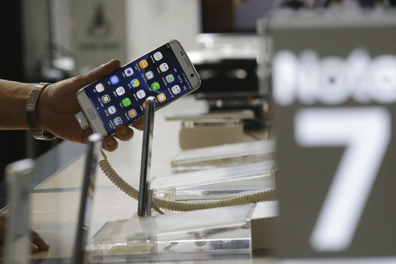 三星Galaxy Note7手機因電池問題,引發多起燃燒、爆炸意外。(AP)