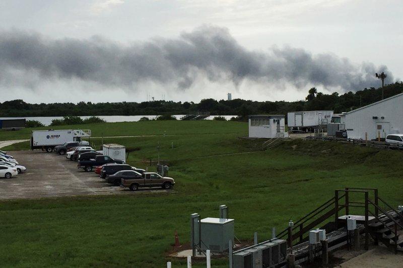 美國SpaceX公司的「獵鷹9號」(Falcon 9)火箭9月1日在測試時發生爆炸(AP)