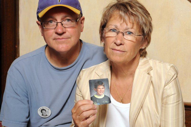 魏特林的母親佩蒂和父親傑瑞。(美聯社)