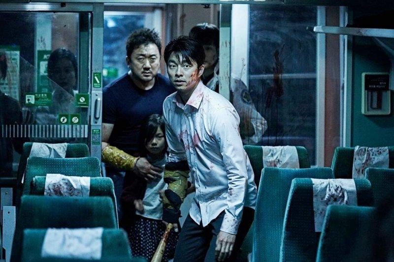 「韓國電影產業哪是這一年兩年壯大起來的,韓國拍片水準的這種強度早就超過十年了。」(圖/GaragePlay@facebook)