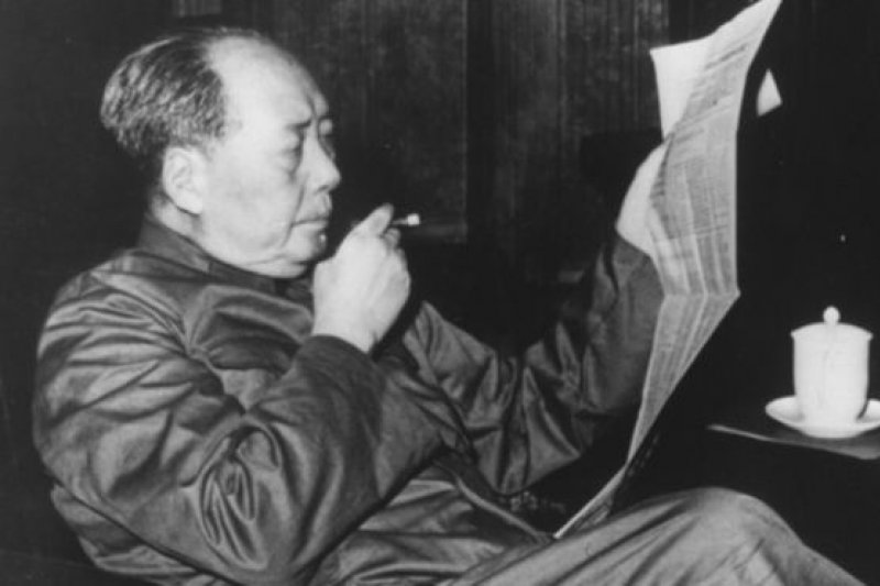 毛澤東去世40年後,在中國如何評價他仍是個敏感和爭議話題,但同時也是個很難避開的話題。(圖/BBC中文網)