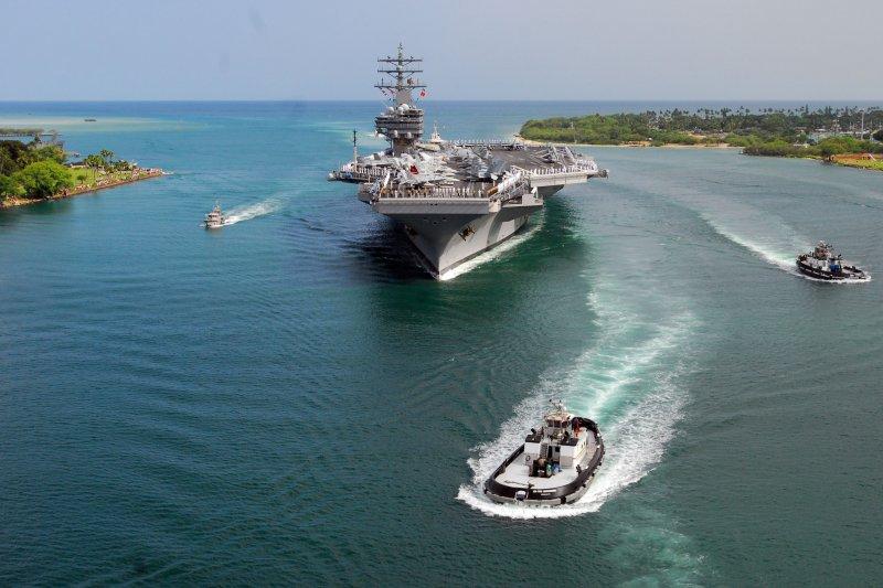 美國海軍雷根號(USS Ronald Reagan)核動力航空母艦(Wikipedia / Public Domain)