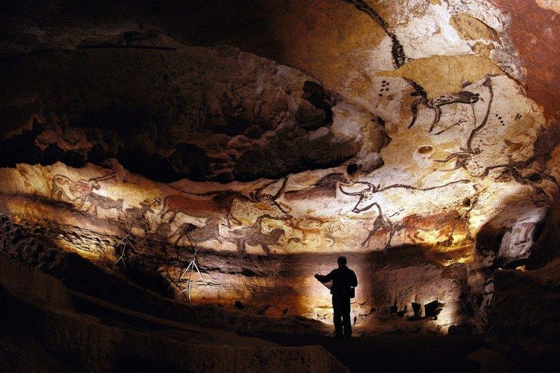 1940年9月12日,4名法國男孩發現拉斯科洞窟壁畫(圖/Bayes_Ahmed@flickr/CCBY2.0)