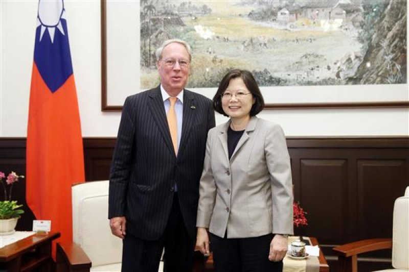 蔡英文總統接見AIT主席薄瑞光(總統府提供)