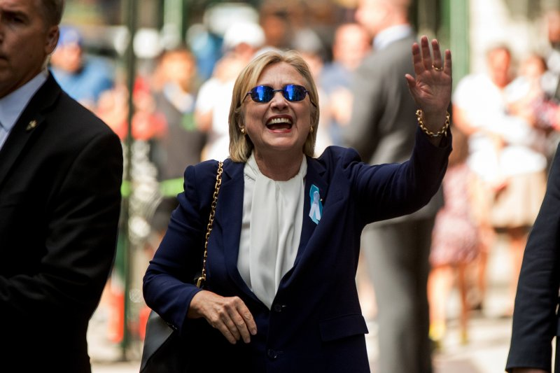 美國民主黨總統候選人希拉蕊在休息後,表示感覺好多了。(美聯社)