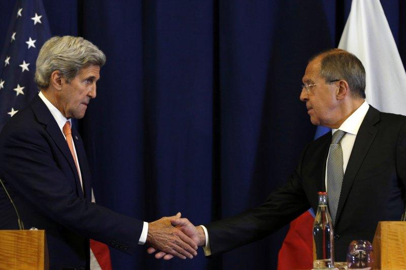 美國國務卿凱瑞(John Kerry)與俄羅斯外長拉夫羅夫(Sergei Lavrov)達成敘利亞新停火協議。(美聯社)