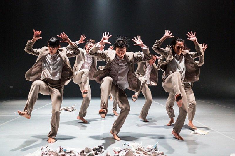 新加坡議題「舞人舞團」《整理好的非理性》。(關渡藝術節官網)