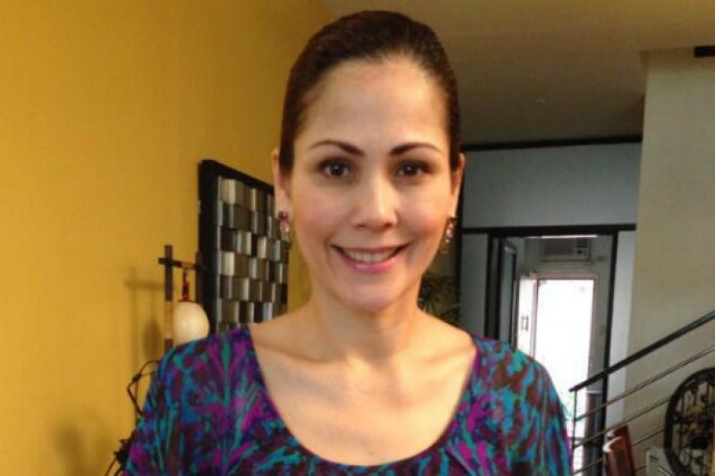 英國沒落貴族之女瑪麗亞(Maria Aurora Moynihan)在菲律賓當街遭到槍殺。(Twitter/@herballbarley)