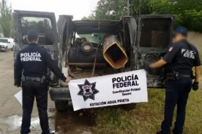 墨西哥警方在美墨邊境查獲空氣砲,懷疑是毒販的運毒新工具。(圖取自墨西哥國家安全委員會網站)