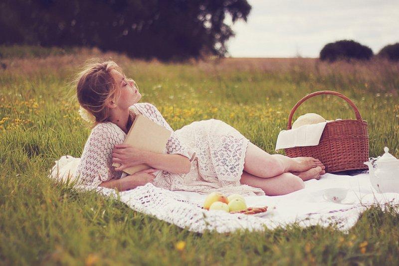 趁假日替自己和家人安排輕鬆的野餐聚吧!(圖/Izabela Pawlicka@flickr)