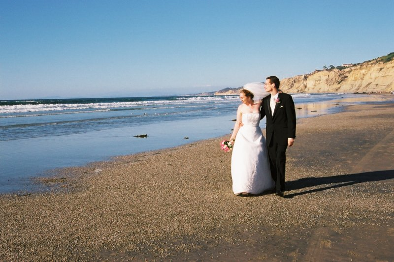 塞浦路斯周圍國家的人民都會到這裡來舉辦婚禮,不是因為喜歡這裡的景色,而是因為...(圖/Madeleine Ball@flickr)