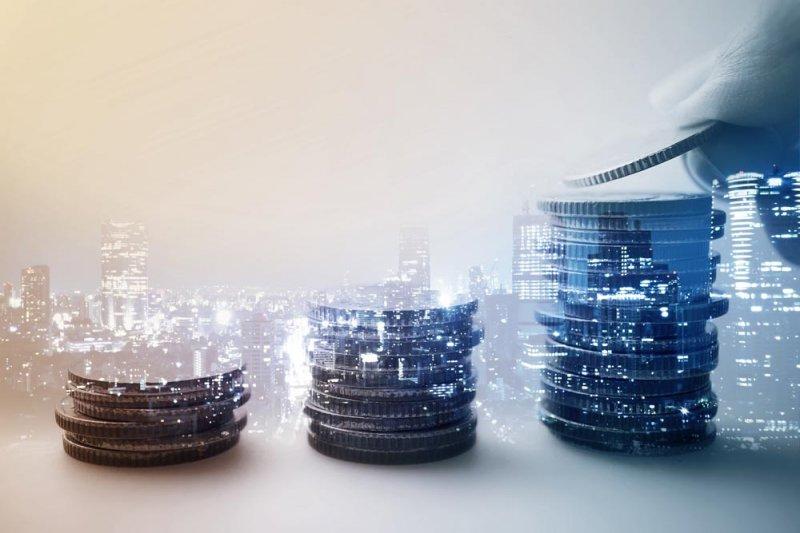 理財新手想投資,先準備好三桶預備金。(圖/ciwxdiwm@淘圖網)