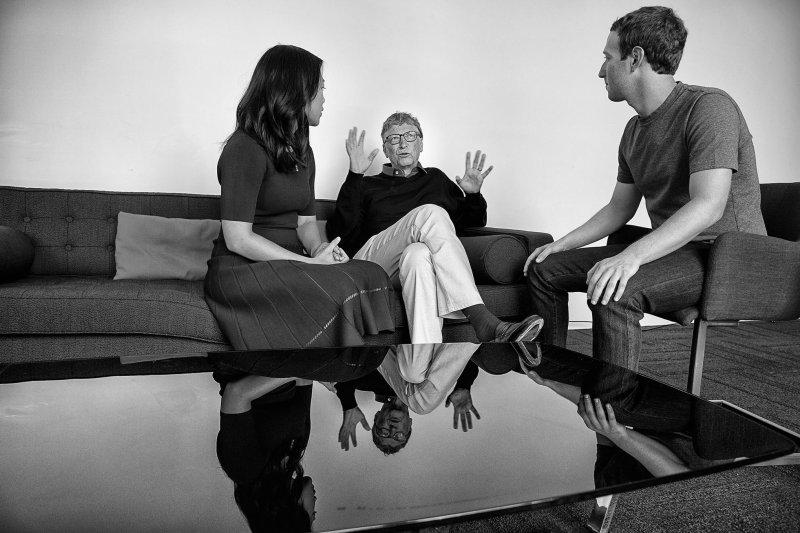 臉書(Facebook)創辦人祖克柏夫婦捐款30億美元,推動終結人類疾病的新計畫,微軟(Microsoft)共同創辦人比爾.蓋茲(Bill Gates)盛讚(臉書)