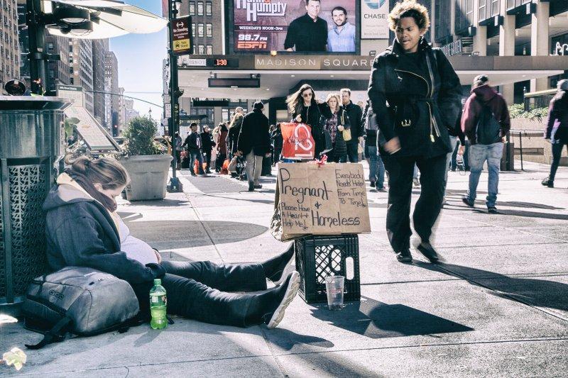 紐約不是充滿機會嗎?他們住得起紐約,不就已經比全世界多數人都來得有優勢了嗎?(圖/Rodrigo Butta@Flickr)