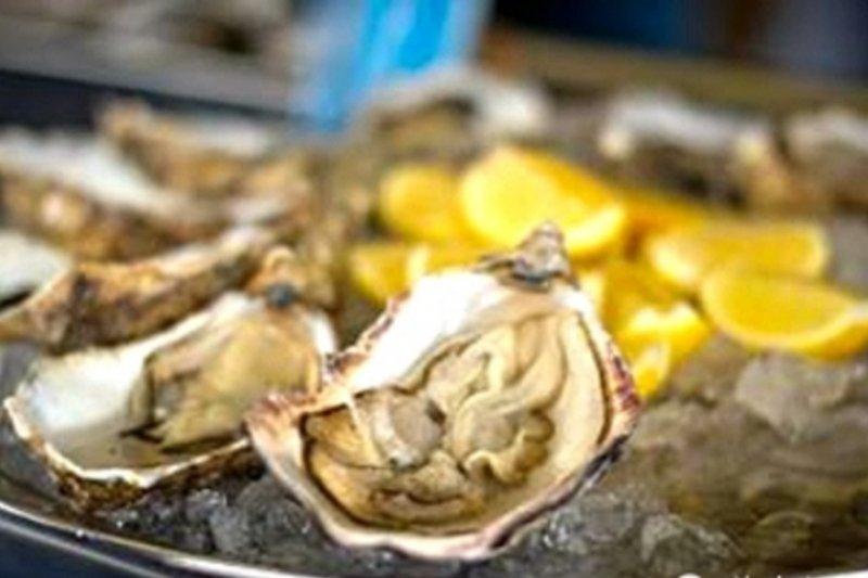 每種文化裡都存在熱門的壯陽食物,例如:巧克力,蘆筍,以及最受大家推崇的牡蠣。(圖/資料照)