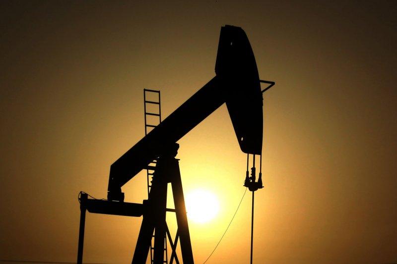 油價續挫,BOE立場反覆難測,今CBC估不動。(資料照,美聯社)