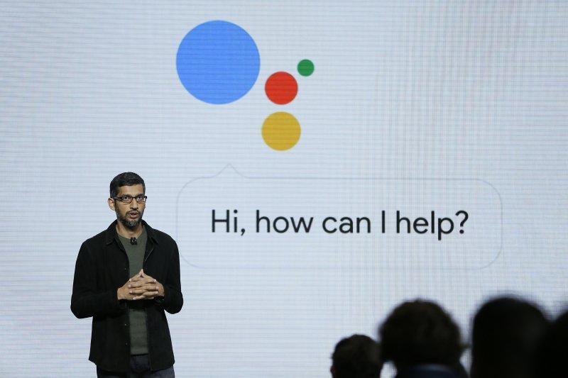 Google assistant的功能又進化了,這次能打電話幫你訂餐廳、約剪髮,與店員對答如流,聲音、語氣自然到完全聽不出來是電腦。(美聯社)