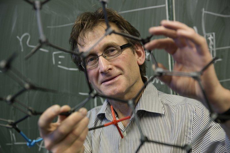 2016年諾貝爾化學獎得主費倫加(Bernard L. Feringa)(AP)