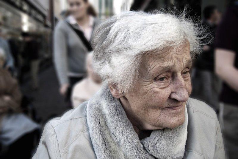 目前最老人瑞的壽命為122歲。(圖/Pixabay,圖非當事人)