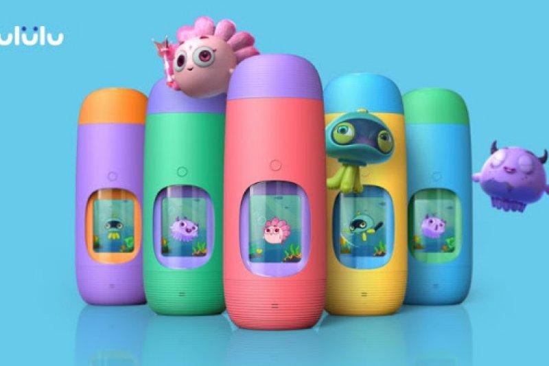 Gululu團隊發明「互動水壺」,讓小朋友透過遊戲方式培養喝水習慣。(圖/創業小聚提供)