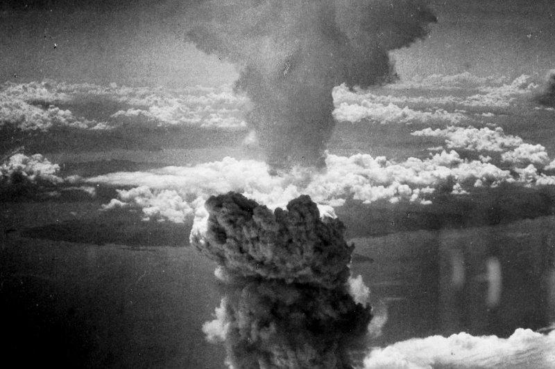 今年9月2日,是二戰結束七十三周年紀念日。以史為鑑,各國應重視自由、民主與人權等之普世價值,並互助合作與彼此尊重,以避免重啟重大戰端。(圖取自維基百科公有領域)