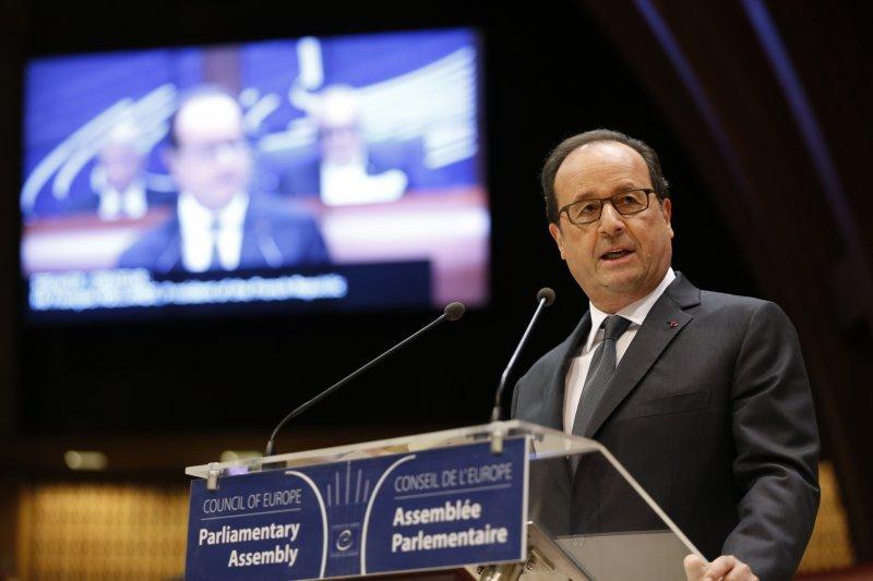 法國總統奧朗德強調與俄羅斯對話十分重要。(美聯社)