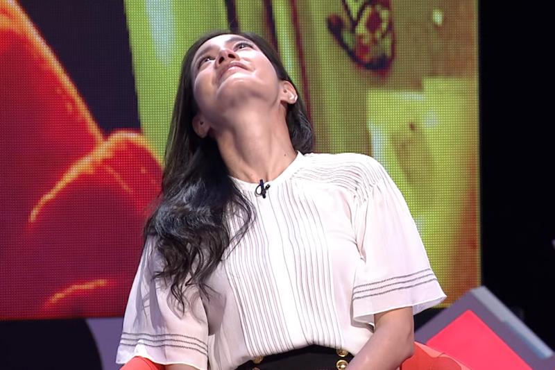 謝怡芬(Janet)上節目揭露不為人知的憂鬱症歷程。(圖/PTS 台灣公共電視@Youtube)