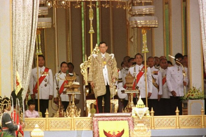 泰王蒲美蓬,攝於2006年(AP)