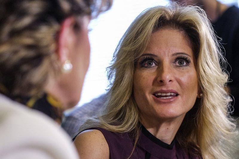 川普主持的實境秀節目《誰是接班人》參賽者澤沃斯指控川普曾企圖性侵她。(美聯社)