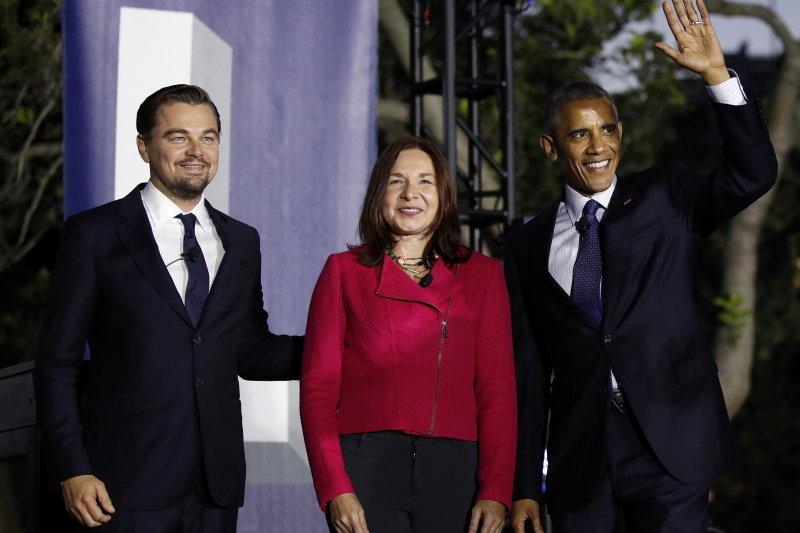 李奧納多狄卡皮歐(Leonardo DiCaprio,左)、氣候專家海賀(Katharine Hayhoe)與美國總統歐巴馬(AP)