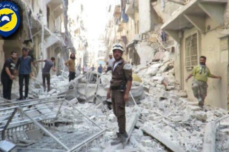 阿勒坡持續遭到轟炸。(Syria Press Center)