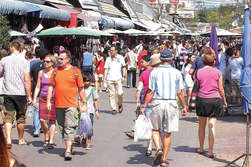 遊客到曼谷旅遊,洽圖洽市集已成了必訪景點。(圖/ChatuchakMarket@facebook)