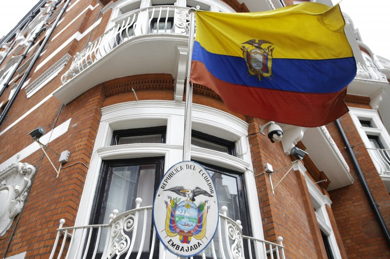 維基解密創辦人躲藏的厄瓜多駐英國大使館。(美聯社)