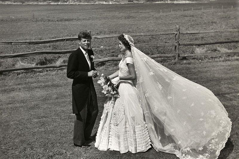 賈桂琳與甘迺迪的婚禮宴請眾多賓客。(wikipedia/public domain)