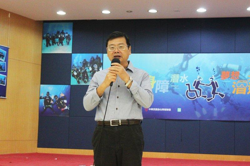 觀光局副局長張錫聰表示,為正視身障者遊憩需求與權利,目前已組「通用化旅遊環境推動小組」。(黃麒珈攝)