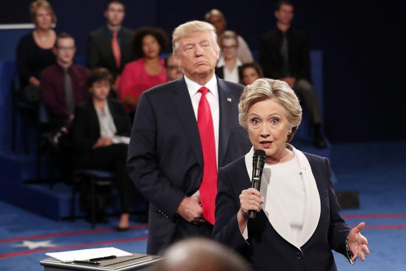 美國民主黨總統候選人希拉蕊與共和黨候選人川普對決(AP)