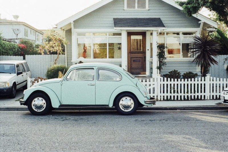 美國生活之道:開車上路前,不可不知的事...(圖/visualhunt)