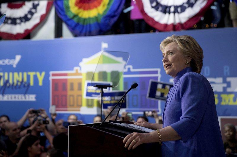民主黨總統候選人希拉蕊在佛州造勢。(美聯社)