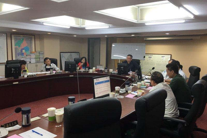 H台北市議會工務委員會進行「環南市場、第一果菜及魚類批發市場改建工程」會議。(王彥喬攝).JPG