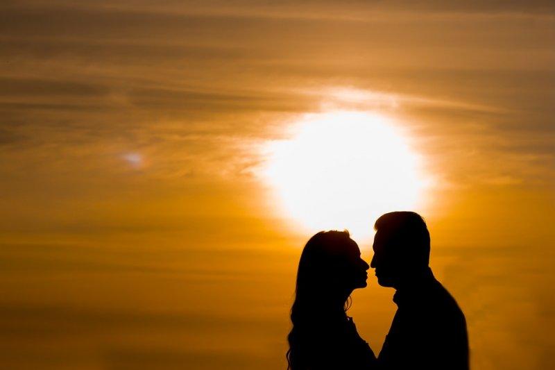 談一場戀愛、經營一段親密關係,我們要承受的最大風險是什麼?(圖/gabrielaraujo_ferraz0@pixabay)