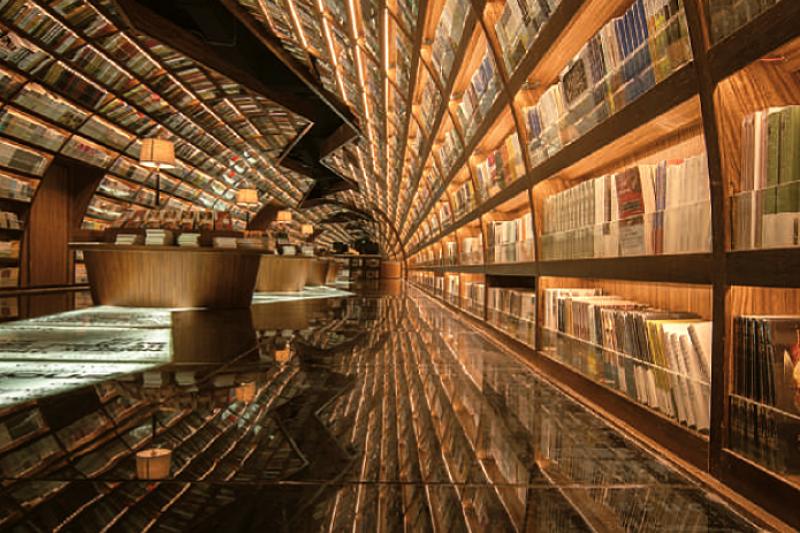 號稱上海最美書店的「鍾書閣」,你有興趣一訪嗎?(圖/唯想國際,旅讀中國提供)