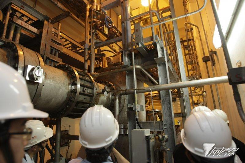 作者質疑,政治人物不是説核電不安全嗎?怎麼缺電時,它又變成安全了呢?(資料照,吳逸驊攝)
