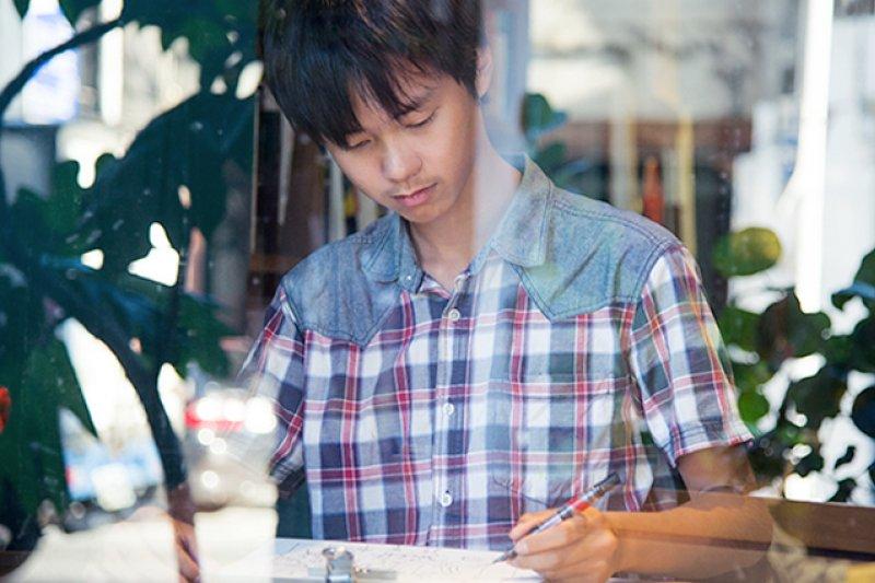 速寫大小美景仍是他生命熱情之所在。比起拚升學,林祐德更希望再畫幾年,甚至爭取機會當個國際旅繪者...(圖/親子天下提供)