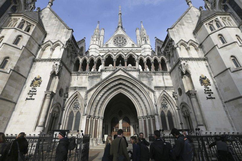 英國高等法院日前裁定啟動脫歐必須經由國會投票贊成(美聯社)