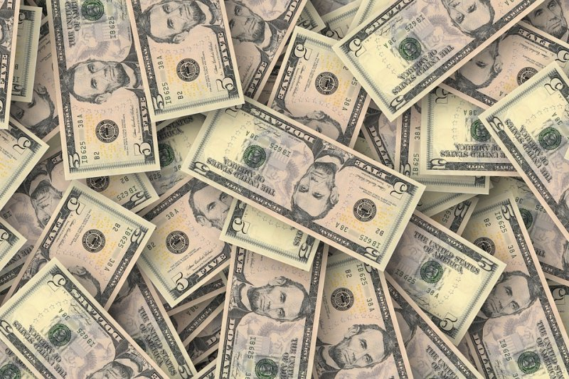 只要投資期限夠長,便能有不錯的報酬。(圖/PeteLinforth@pixabay)