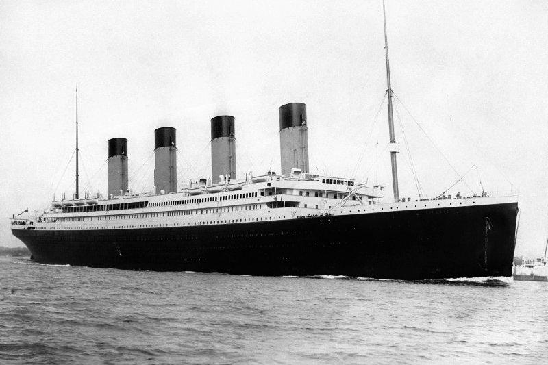 1912年4月14日的凌晨,鐵達尼號撞上冰山,那時的台灣人知道這件事嗎?(圖/麥田出版提供)