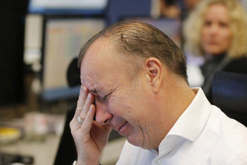 川普當選,全球股市震盪,世界經濟的不確定性,頭痛的何止股市交易員。(美聯社)